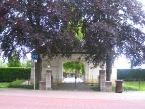Poortgebouw van de begraafplaats